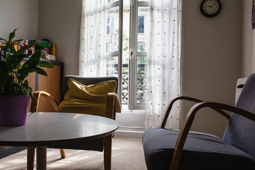 Un salon pour échanger au Centre Primo Levi